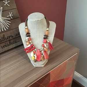 NWT Chico's multi Coral necklace